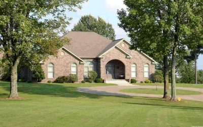 200 Long Drive Mayfield, KY 42066 $595,000 MLS#102266
