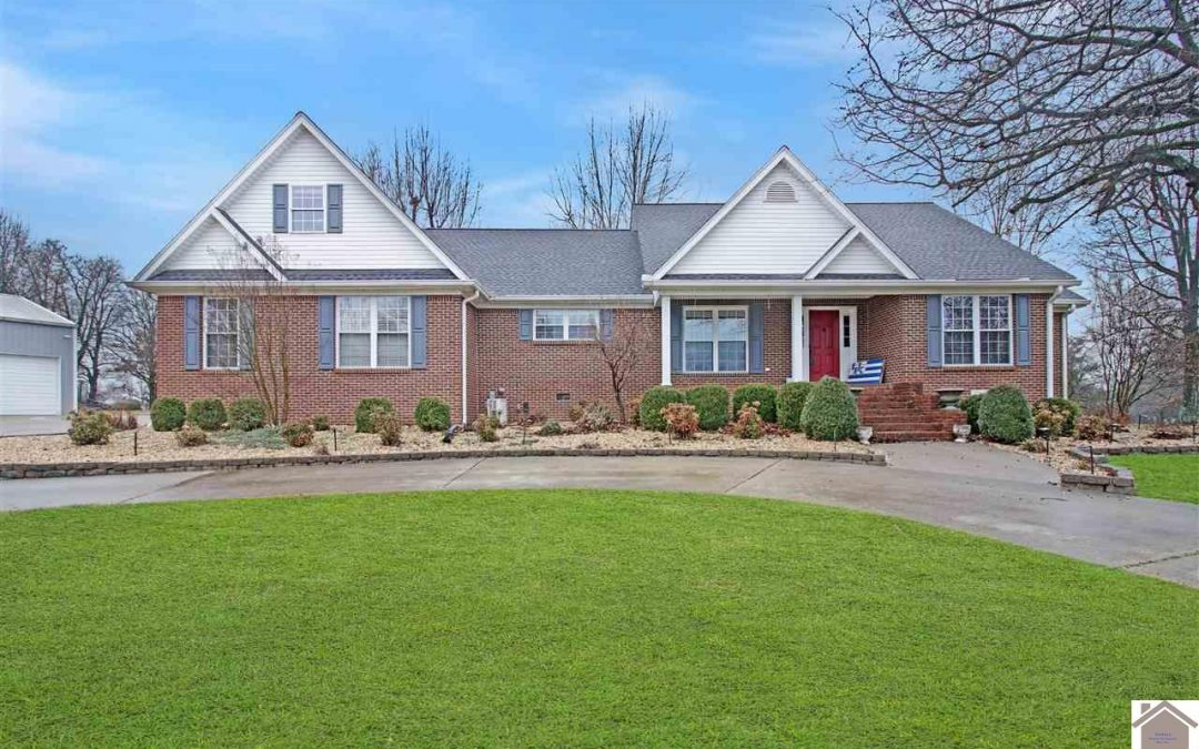 NEW LISTING! 2005 Jimtown Road Mayfield, KY 42066 $349,900 MLS#106425